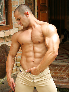 John Spenilli has a perfectly muscular body and in outdoor pics he shows it all