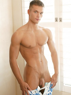 Hot young stud Brian Bennet strips so you can see every inch of his perfect body