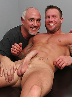 Kinky old dude Jake Cruise massages a muscular stud and services his dong