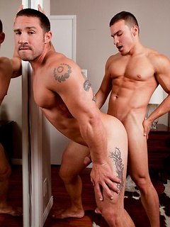 Gay hunks with six packs and thick muscles get frisky and fuck each other