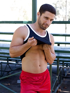 Ripped guy Matt unveils his toned body and his throbbing and hard meat pole