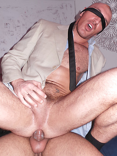 Blindfolded hunk gets his asshole eaten out and fucked hard by the top