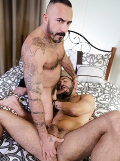One of the things this gay guy loves is getting banged by a horny friend